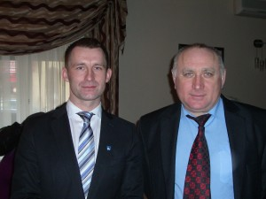 Президент г. Элка Томаш Андрукевич(слева) и мэр г. Озёрска Владимир Голубовский